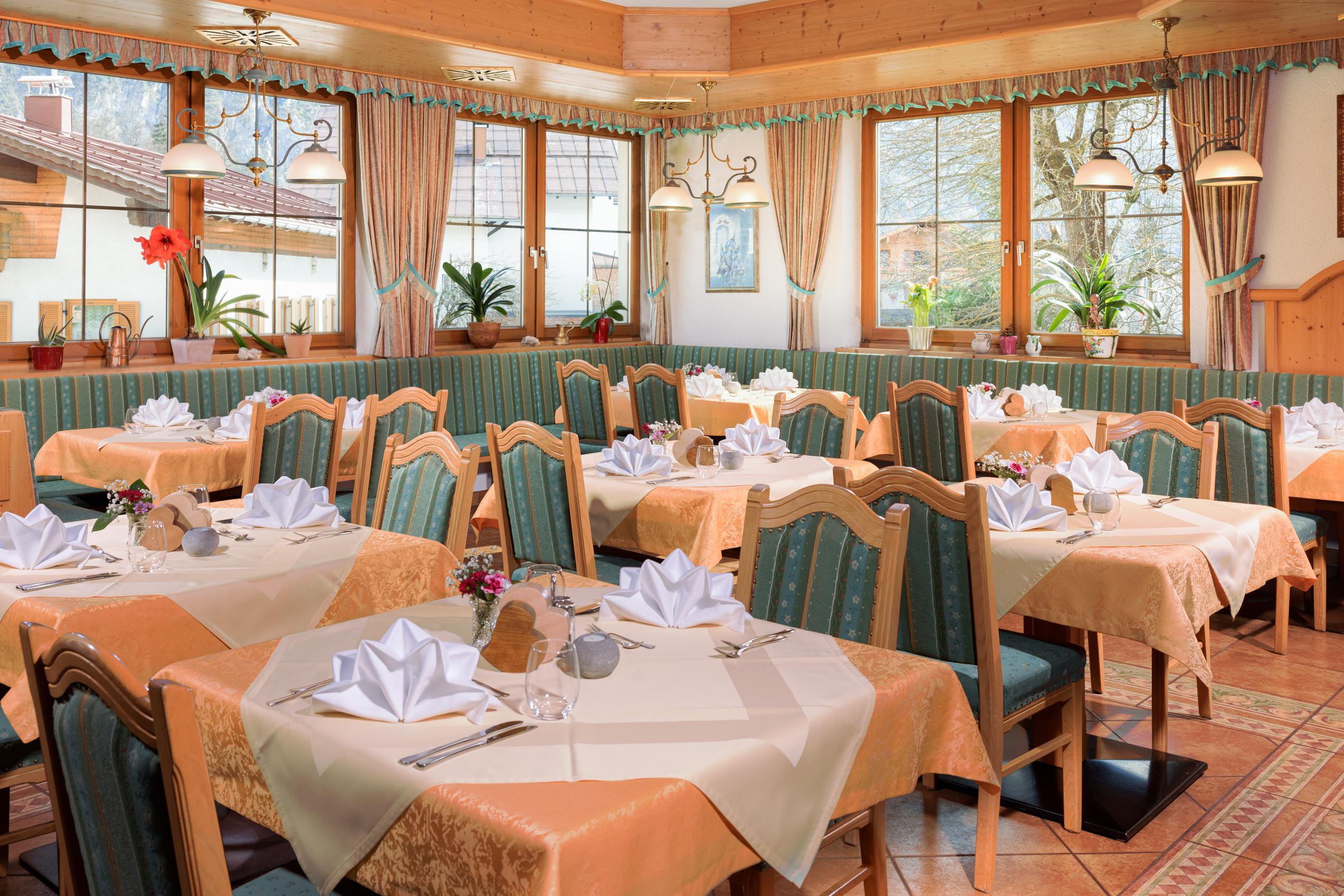 Restaurant in Holzgau im Lechtal. Gasthof Bären